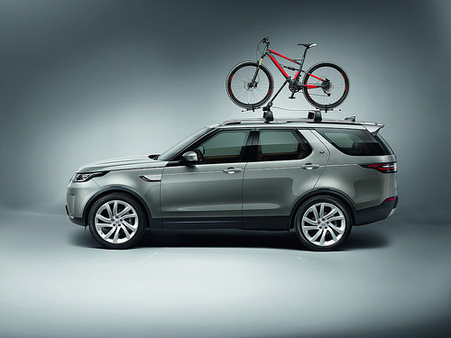 Thân xe Land Rover Discovery 2018 7