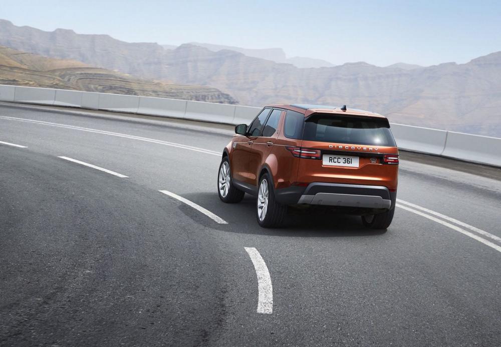 Đuôi xe Land Rover Discovery 2018 11