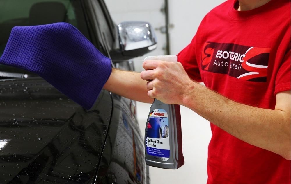 Những lưu ý khi tự rửa xe ô tô tại nhà 1