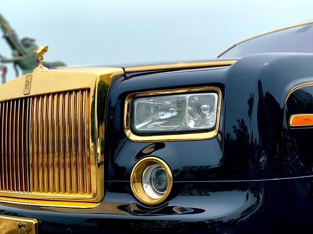 Rolls-Royce Phantom mạ vàng được rao bán tại Hà Nội với mức giá 15,5 tỷ đồng 2a