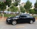 Bán Toyota Camry 2.0E đời 2018, màu đen, 860tr