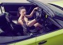Người đẹp và xe mui trần BMW 1-Series