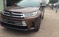 Bán xe Toyota Highlander Le sản xuất 2018, màu nâu, xe nhập giá 2 tỷ 555 tr tại Hà Nội