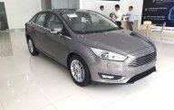 Bán Ford Focus 1.5 Ecoboost Titanium năm 2018, màu nâu hổ phách. Vui lòng liên hệ 090.778.2222 giá 740 triệu tại Hà Nội