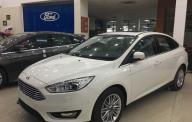 Bán xe Ford Focus sản xuất 2018, đủ màu, giao ngay toàn quốc, trả trước thấp giá 590 triệu tại BR-Vũng Tàu