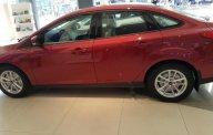 Bán ô tô Ford Focus sản xuất 2018, màu đỏ, giá chỉ 605 triệu giá 605 triệu tại Tp.HCM