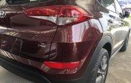 Cần bán Hyundai Tucson năm 2018, màu đỏ giá 890 triệu tại Hà Nội
