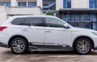 Bán ô tô Mitsubishi Outlander 2.4 CVT Premium sản xuất năm 2018, màu trắng, xe nhập giá 1 tỷ 60 tr tại Hà Nội