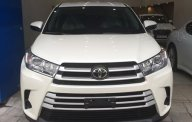 Bán ô tô Toyota Highlander đời 2017, màu trắng, nhập khẩu nguyên chiếc giá 2 tỷ 600 tr tại Hà Nội