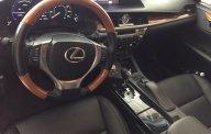 Bán Lexus ES 300H đời 2014, màu trắng, nhập khẩu giá 1 tỷ 880 tr tại Tp.HCM