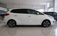Cần bán xe Kia Rondo GATH sản xuất 2017, màu trắng giá 725 triệu tại Tp.HCM