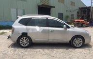 Cần bán Kia Carens năm sản xuất 2013, màu bạc xe gia đình giá 390 triệu tại Bình Dương