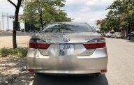 Cần bán gấp Toyota Camry 2.0E đời 2015 chính chủ, 885 triệu giá 885 triệu tại Hà Nội