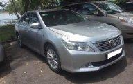 Cần bán lại xe Toyota Camry 2.5G 2013, màu bạc số tự động giá 815 triệu tại Đồng Nai