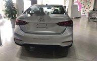 Cần bán Hyundai Accent năm sản xuất 2018, màu bạc giá tốt giá 425 triệu tại Tp.HCM