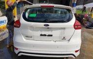 Bán xe Ford Focus Sport 1.5L sản xuất 2017, màu trắng  giá 715 triệu tại Hà Nội