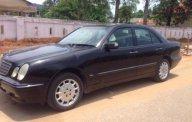 Cần bán lại xe Mercedes sản xuất năm 2001, màu đen, xe nhập, 160 triệu giá 160 triệu tại TT - Huế