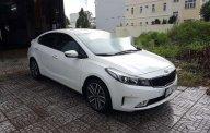 Cần bán lại xe Kia Cerato 2.0 AT đời 2017, màu trắng   giá 605 triệu tại Cần Thơ