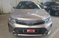 """Bán Toyota Camry 2.0E, gia đình sử dụng chạy """"siêu lướt"""" giá 930 triệu tại Tp.HCM"""