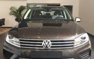 Bán Volkswagen Touareg đời 2017, màu nâu, nhập khẩu nguyên chiếc giá 2 tỷ 499 tr tại Hà Nội