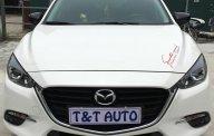 Cần bán lại xe Mazda 3 FL Hatchback năm 2017 màu trắng giá 690 triệu tại Hà Nội