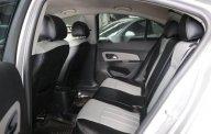 Bán Chevrolet Cruze LT 1.6MT đời 2016, màu trắng, giá 446tr giá 446 triệu tại Tp.HCM
