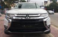 Bán Mitsubishi Outlander phong cách trên mọi nẻo đường giá 808 triệu tại Nghệ An