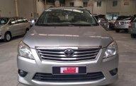 Bán Toyota Innova số sàn đời 2013, màu bạc giá 570 triệu tại Tp.HCM
