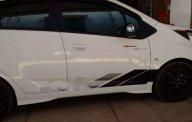 Cần bán gấp Chevrolet Spark 1.2 LT sản xuất năm 2013, màu trắng xe gia đình giá 220 triệu tại Tp.HCM