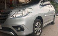 Gia đình bán ô tô Toyota Innova E năm 2015, màu bạc   giá 625 triệu tại Thanh Hóa
