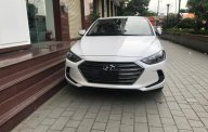 Bán Elantra số sàn, màu trắng, xe có sẵn giao ngay nhiều ưu đãi giá 560 triệu tại Tp.HCM