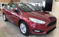 Bán Ford Focus năm sản xuất 2018, màu đỏ giá 565 triệu tại Tp.HCM