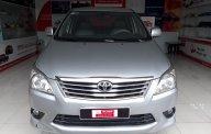 Bán xe Innova đời 2012 màu bạc giá 550 triệu tại Tp.HCM