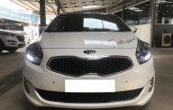 Bán xe Kia Rondo 2.0AT, bản GATH, đời  2016, màu trắng, xe đi gia đình, còn rất đẹp, có hỗ trợ trả góp giá 638 triệu tại Tp.HCM