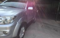 Cần bán lại xe Toyota Fortuner G sản xuất 2010, màu bạc giá 635 triệu tại Tp.HCM