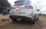 Cần bán lại xe Kia Rondo đời 2017, màu bạc như mới giá 563 triệu tại Bình Định