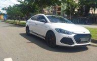 Cần bán gấp Hyundai Elantra 2.0AT sản xuất 2016, màu trắng giá 650 triệu tại Tp.HCM