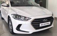 Bán Hyundai Elantra 1.6MT màu trắng xe có sẵn giao ngay, hỗ trợ vay trả góp đến 90% lãi suất ưu đãi. LH: 0903175312 giá 560 triệu tại Tp.HCM