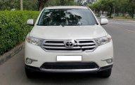 Bán Toyota Highlander SE sản xuất 2011, màu trắng, nhập khẩu giá 1 tỷ 600 tr tại Tp.HCM