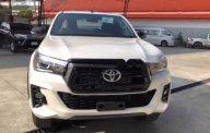 Cần bán Toyota Hilux năm 2018, số sàn giá 793 triệu tại Đắk Lắk