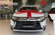 Bán Mitsubishi Outlander đời 2018, màu trắng giá 807 triệu tại Hà Nội