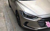 Bán xe Hyundai Elantra 2017 số sàn màu cát nhà sử dụng giá 492 triệu tại Tp.HCM