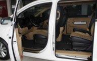 Bán Kia Sedona năm 2018, màu trắng giá 1 tỷ 159 tr tại Tp.HCM