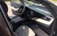 Bán xe Kia Rondo sản xuất 2017, màu xám, gia đình đi cẩn thận giá 568 triệu tại Tp.HCM