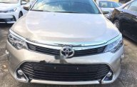 Cần bán xe Toyota Camry năm sản xuất 2018 giá 1 tỷ 302 tr tại Tp.HCM