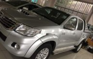 Cần bán lại xe Toyota Hilux đời 2012, màu bạc, 490tr giá 490 triệu tại Bình Dương