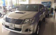 Cần bán Toyota Hilux 3.0 4x4 MT 2013, xem xe đảm bảo thích ngay giá 530 triệu tại Lâm Đồng