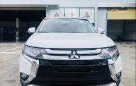 Bán ô tô Mitsubishi Outlander sản xuất 2018, màu trắng giá 1 tỷ 48 tr tại Đà Nẵng