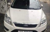 Cần bán lại xe Ford Focus năm sản xuất 2013, màu trắng xe gia đình giá 420 triệu tại Đà Nẵng