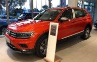 Bán xe Volkswagen Tiguan, xe 7 chỗ gầm cao của Đức, 200 ngựa, bao ngon, đủ màu cực đẹp, có xe giao ngay, bao Bank 85%, lãi cực thấp giá 1 tỷ 729 tr tại Tp.HCM